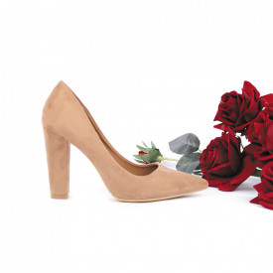 Pantofi cu toc cod 27771 Bej - Pantofi cu toc din piele ecologică cu un design unic, fii în pas cu moda şi străluceşte la următoarea petrecere. - Deppo.ro