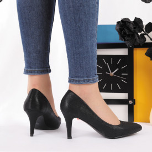 Pantofi Cu Toc cod AK88629 Negri - Pantofi cu toc din piele ecologică cu sclipici Fii în pas cu moda şi străluceşte la următoarea petrecere. - Deppo.ro