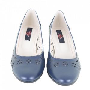 Pantofi din piele naturală cod 1141 Bleumarin - - Pantofi din piele naturala, piele moale si flexibila - Interior din piele naturala - Talpic din piele naturala, prevazut cu burete pentru un plus de confort - Varf rotunjit, talpa subtire si flexibila - Deppo.ro