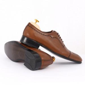 Pantofi din piele naturală maro cod 8663 - Pantofi pentru bărbaţi din piele naturală, model simplu, finisaje îngrijite cu undesign deosebit - Deppo.ro