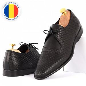 Pantofi din piele naturală pentru bărbați cod 9092 Negri