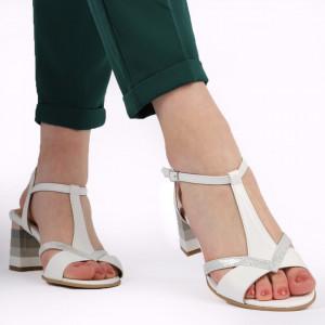 Sandale pentru dame din piele naturală cod 244 Alb