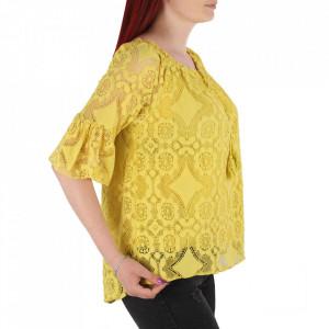 Bluză pentru dame tip cămășuță cod 87470 Yellow - Bluză tip cămășuță pentru dame  Model decorativ cu dantelă - Deppo.ro