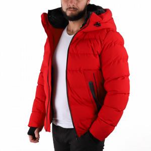 Geacă de iarnă Ronan Roşie - În partea din faţă jacheta este prevăzută cu un fermoar lung din plastic rezistent, aceleaşi tipuri de fermoare, sunt aplicate şi la baza buzunarelor laterale. - Deppo.ro