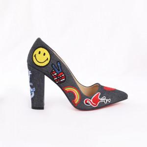 Pantofi cu toc cod 3409 Negri - Pantofi cu toc gros cu un model deosebit și vârf ascuțit , foarte confortabili potriviți pentru birou sau evenimente speciale. - Deppo.ro