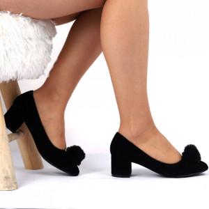 Pantofi cu toc Cod 4667 Negri