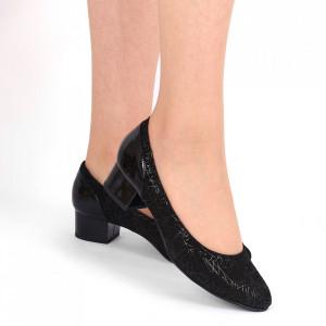 Pantofi cu toc din piele naturală Cod 1047 Negri
