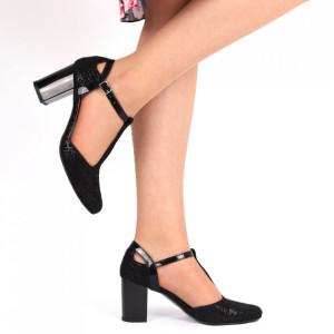 Pantofi cu toc din piele naturală cu închidere prin baretă Cod 223 Negri - Pantofi cu toc din piele naturală moale, foarte comozi, acești pantofi vă conferă lejeritate și eleganță - Deppo.ro