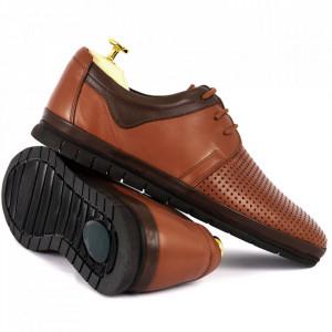 Pantofi din piele naturală Cod 1001-1 Maro - Pantofi din piele naturală   Model perforat , tălpicmoale ce conferă comoditatea de care ai nevoie! Finisaje îngrijite cu un design deosebit - Deppo.ro