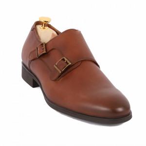 Pantofi din piele naturală cod 179 Maro - Pantofi maro din piele naturală, model simplu, finisaje îngrijite cu undesign deosebit - Deppo.ro