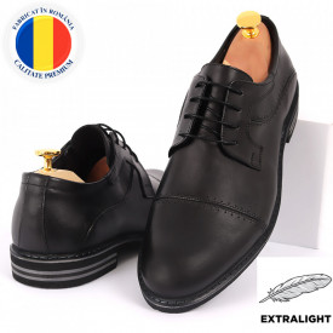 Pantofi din piele naturală pentru bărbați cod 377 Negri