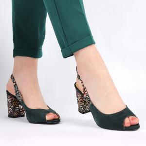 Sandale pentru dame din piele naturală cod 1072 Verde - Sandale pentru dama din piele naturală  Închidere prin baretă  Calapod comod - Deppo.ro