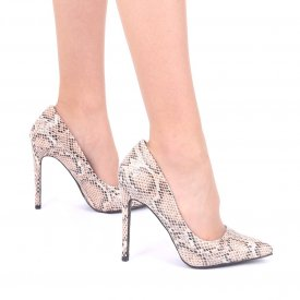 Pantofi cu toc cod AN22 Bej - Pantofi din piele ecologică, cu vârf ascuţit şi toc subţire, foarte confortabili cu un calapod comod - Deppo.ro