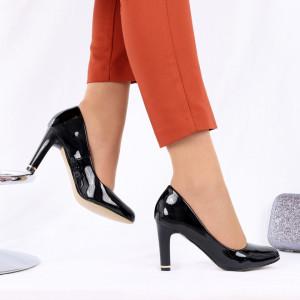 Pantofi cu toc cod EK0007 Negri