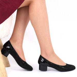Pantofi cu toc din piele naturală Cod 1047 Negri - Pantofi cu toc din piele naturală moale, foarte comozi, acești pantofi vă conferă lejeritate și eleganță - Deppo.ro