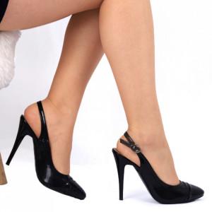 Pantofi cu toc negri Cod 00914