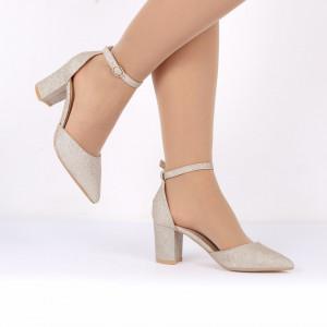 Pantofi Cu Toc Quinn Gold - Pantofi decupați tip sanda cu vârf și toc ascuțit din piele ecologică, foarte confortabili cu un calapod comod - Deppo.ro