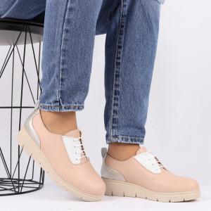 Pantofi din piele naturală bej Cod 481 - Pantofi damă din piele naturală, foarte confortabili cu un tălpic special care conferă lejeritate chiar și în cazurile în care petreci mult timp stând în picioare. - Deppo.ro