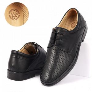 Pantofi din piele naturală cod 4356 Negrii