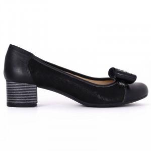 Pantofi din piele naturală Cod 4858 Negri - Pantofi damă din piele naturală  Foarte confortabili cu un tălpic special care conferă lejeritate chiar și în cazurile în care petreci mult timp stând în picioare. - Deppo.ro