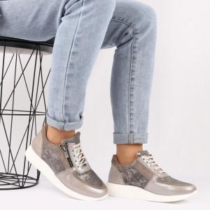 Pantofi sport din piele naturală bej Cod 495 - Pantofi damă din piele naturală, foarte confortabili cu un tălpic special care conferă lejeritate chiar și în cazurile în care petreci mult timp stând în picioare. - Deppo.ro