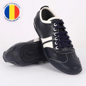 Pantofi sport din piele naturală bleumarin închis cod 3242 - Pantofi pentru bărbaţi din piele naturală cu şiret, model simplu, finisaje îngrijite cu un design deosebit - Deppo.ro