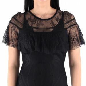 Rochie Tania Black - Rochie elegantă cu un decolteu modest cu maneci trei sferturi şi un material tip dantelat - Deppo.ro