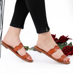 Sandale cu talpă joasă cod M43 Brown