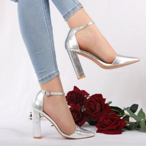 Pantofi cu toc cod 1598225 Arginti