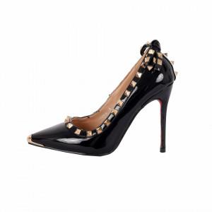 Pantofi cu toc cod A1136 Negri - Pantofi negri din piele ecologică lacuită cu tocul de 11 cm şi vârf ascuţit - Deppo.ro