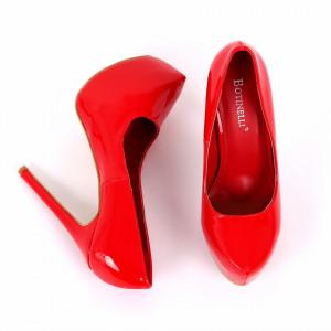 Pantofi cu toc cod EK0001 Roși - Pantofi cu toc și platformă foarte înalte pentru dame care vă pot completa o ținută fresh în acest sezon. Incalțî-te cu această pereche de pantofi la modă și asorteaz-o cu pantalonii sau fusta preferată pentru a creea o ținută deosebită. - Deppo.ro