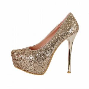 Pantofi cu toc cod OLG1D02 Auri - Pantofi cu toc și platformă foarte înalte pentru dame care vă pot completa o ținută fresh în acest sezon. Incalțî-te cu această pereche de pantofi la modă și asorteaz-o cu pantalonii sau fusta preferată pentru a creea o ținută deosebită. - Deppo.ro