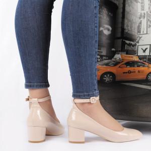 Pantofi cu toc cod ZG1 Bej - Pantofi din piele ecologică pentru dame  Conferă lejeritate și eleganță - Deppo.ro