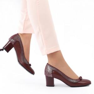 Pantofi cu toc din piele naturală cod 1062 Bordo