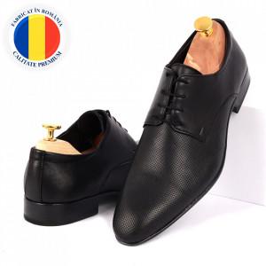 Pantofi din piele naturală cod 5049 Negri