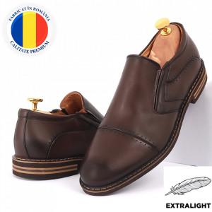 Pantofi din piele naturală maro cod 77141