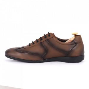 Pantofi din piele naturală maro cod 8675 - Pantofi pentru bărbaţi din piele naturală , model simplu, finisaje îngrijite cu undesign deosebit - Deppo.ro