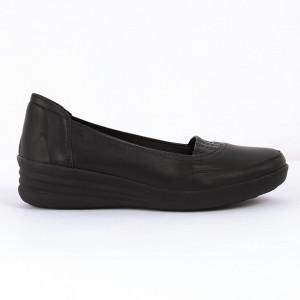Pantofi sport din piele naturală Cod P-216 Negri - Pantofi damă din piele naturală  Foarte confortabili cu un tălpic special care conferă lejeritate chiar și în cazurile în care petreci mult timp stând în picioare. - Deppo.ro