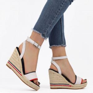 Sandale pentru dame cod F20-21 White