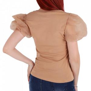 Tricou pentru dame cod F276 Beige - Tricou pentru dame  Model decorativ cu pietricele  Mâneci bufante  Conferă lejeritate și o ținută casual - Deppo.ro