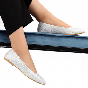 Balerini din piele naturală Cod 106 Silver - Balerini damă din piele naturală  Model decorativ cu sclipici  Foarte confortabili  Conferă lejeritate si eleganță - Deppo.ro