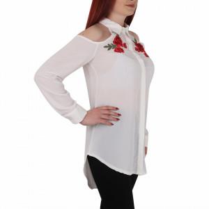 Bluziță tip iie tradițională Loreta - Bluziță tip ie cu motive florale și umeri goi, un design tradițional care poate fii purtată atât cu o pereche de pantaloni lungi cât și la o fustiță - Deppo.ro