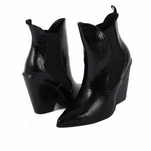 Botine cod NR69 Negre - Botine negre tip stiletto casual cu un toc deosebit . Poartă aceste botine și atrage toate privirile . - Deppo.ro