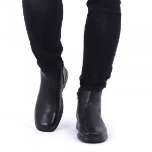 Ghete din piele naturală cod 642 Negre - Ghete din piele naturală cu interior îmblănit și inchidere cu fermoar - Deppo.ro