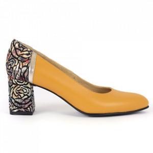 Pantofi cu toc din piele naturală Cod M1206 Muştariu