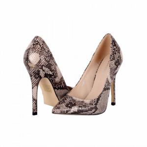 Pantofi Cu Toc Kathleen Beige - Pantofi din piele ecologică, cu vârf ascuţit şi toc subţire, foarte confortabili cu un calapod comod - Deppo.ro