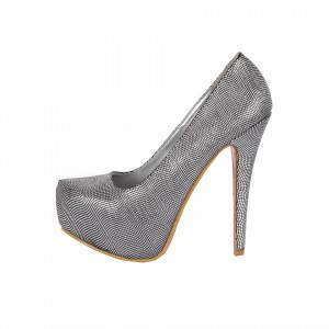 Pantofi Cu Toc Linn Silver - Pantofi cu toc și platformă foarte înalte pentru dame care vă pot completa o ținută fresh în acest sezon. Incalțî-te cu această pereche de pantofi la modă și asorteaz-o cu pantalonii sau fusta preferată pentru a creea o ținută deosebită. - Deppo.ro