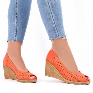 Pantofi din piele naturală cod 55672 Coral