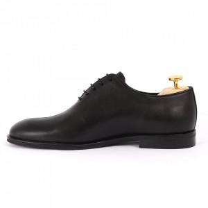 Pantofi din piele naturală pentru bărbați cod 2022 Negri - Pantofi din piele naturală pentru bărbaţi, model simplu, finisaje îngrijite cu un design deosebit - Deppo.ro