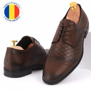 Pantofi din piele naturală pentru bărbați cod 9210 Maro închis